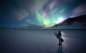 Stunning pix of Arctic surfers